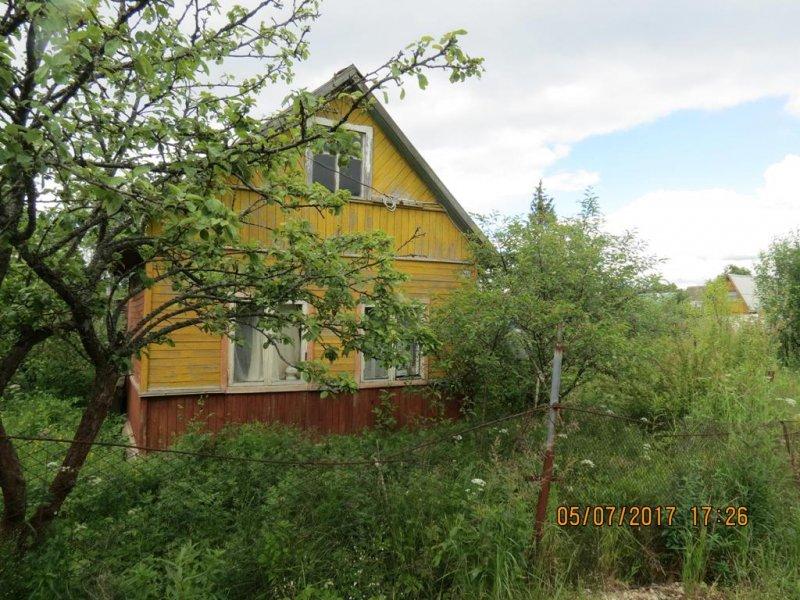 продается дача в снт пристань-2. дом щитовой общей площади 23 кв.м. на участке 6 соток...