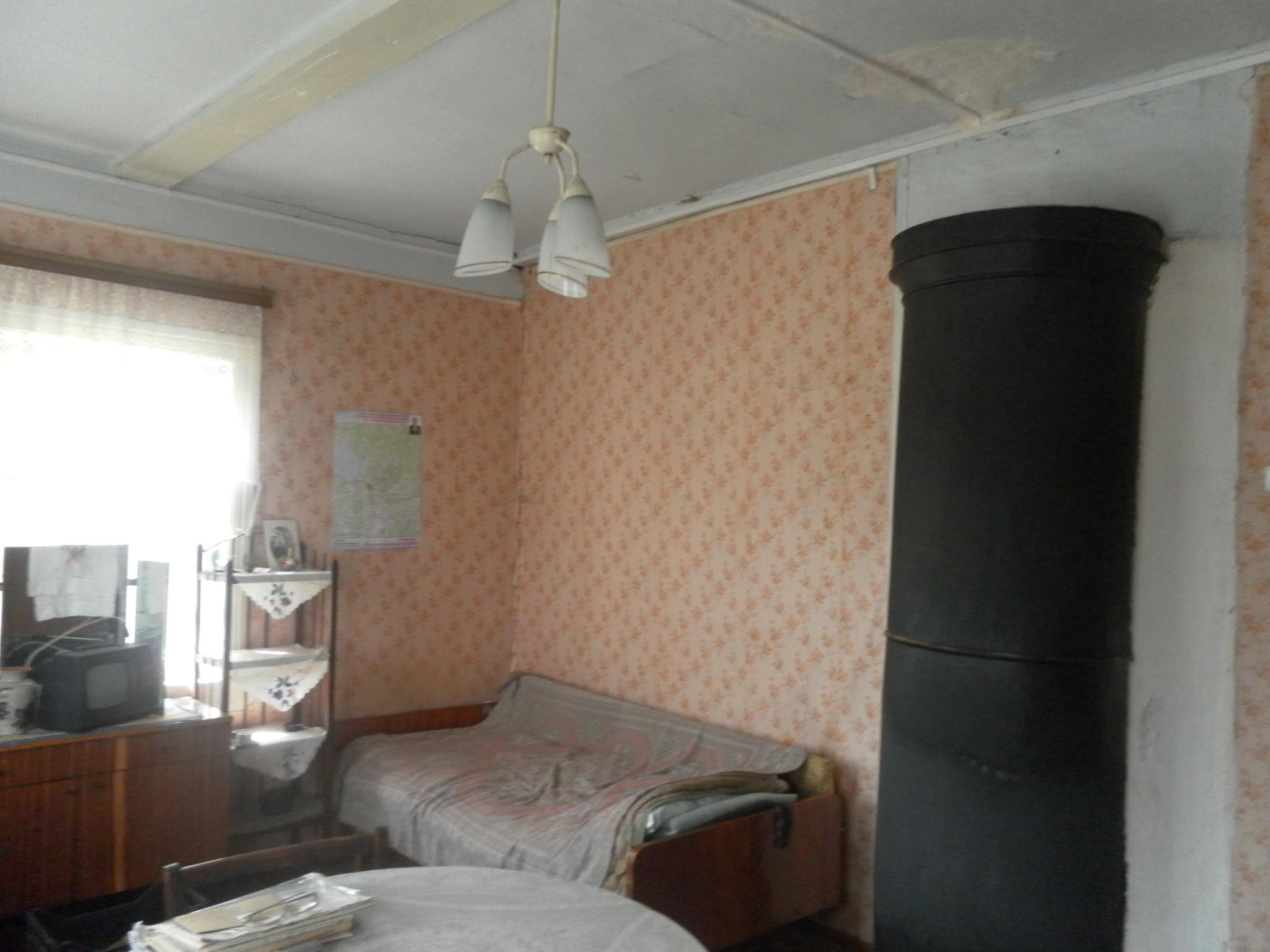 Дом 34,6 кв.м на участке 6 соток ул. Ленинградская