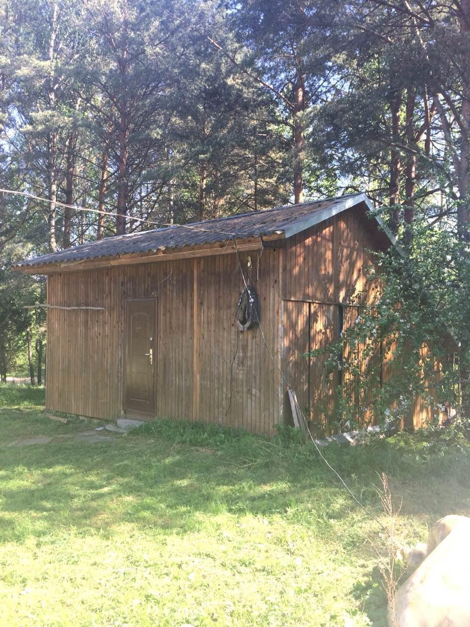 Трехэтажный дом в д. Подгорье (Печорский район)